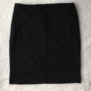 Black Skirt, with Pockets!